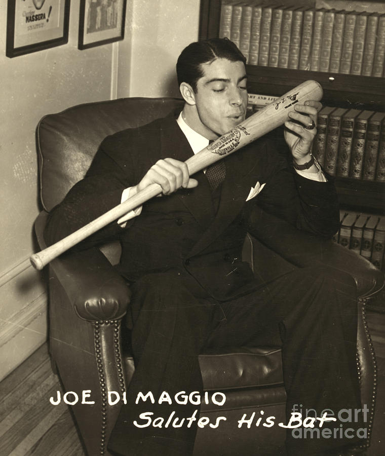 1941 Photograph - Joe Dimaggio (1914-1999) by Granger