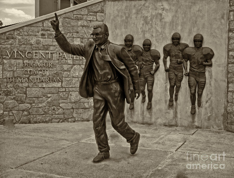 Penn State Football Photograph - Joe Paterno by Jack Paolini