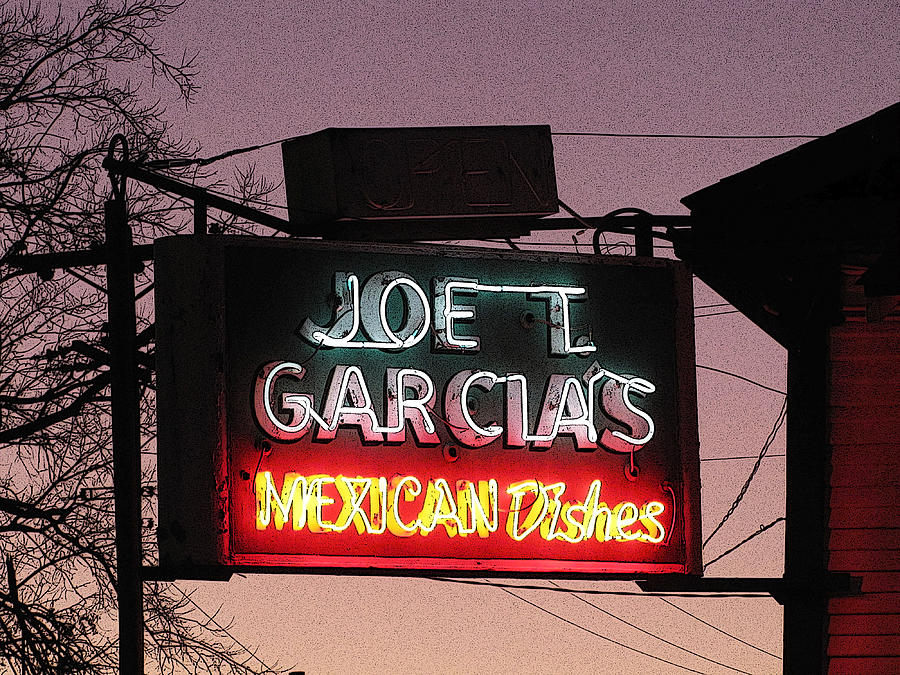 Authentic Mexican Dishes Photograph - Joe T Garcias by Shawn Hughes