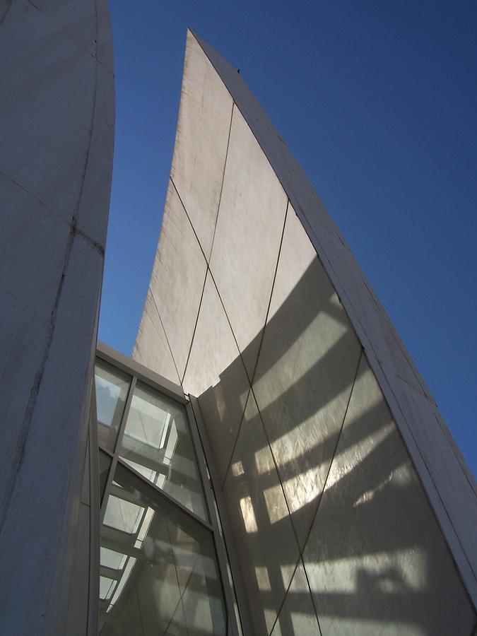 Richard Meier Photograph - Jubilee 4 by Adam Schwartz