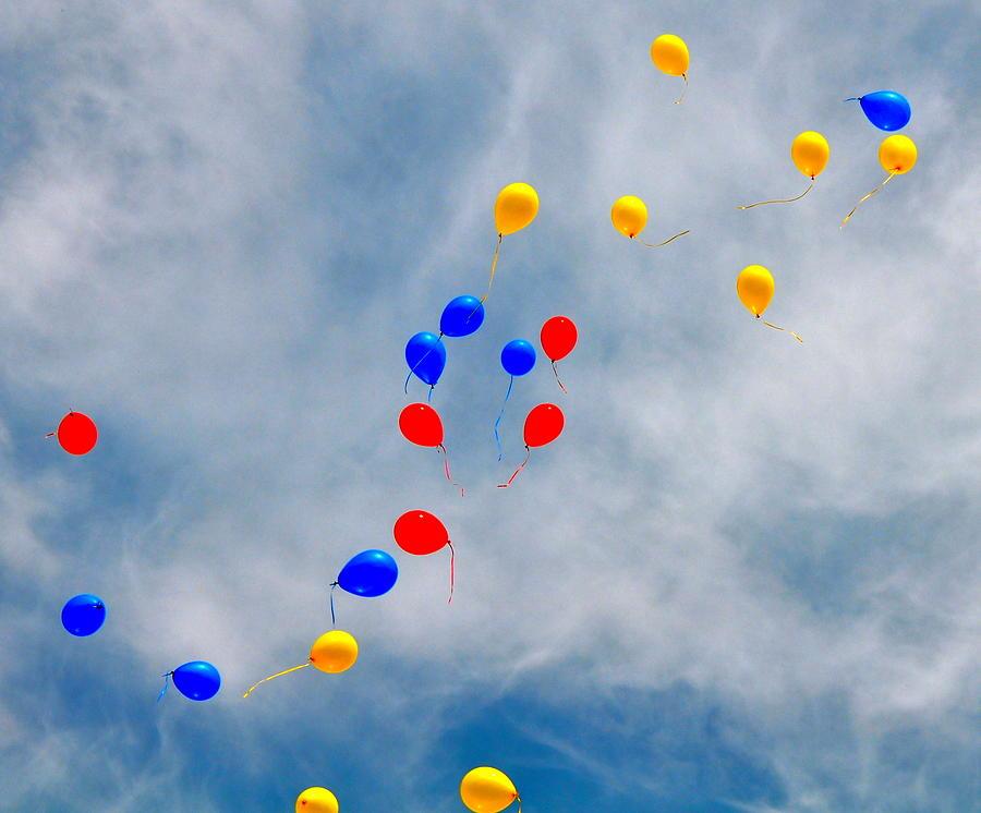 Balloons Photograph - Julian Assange Balloons by Caroline Reyes-Loughrey