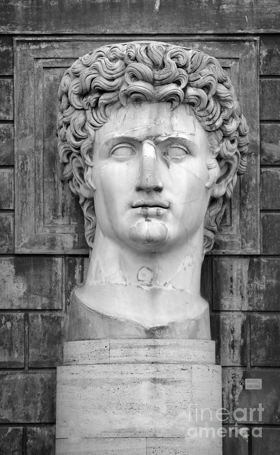 Black And White Photograph - Julius Caesar at Vatican Museums by Stefano Senise
