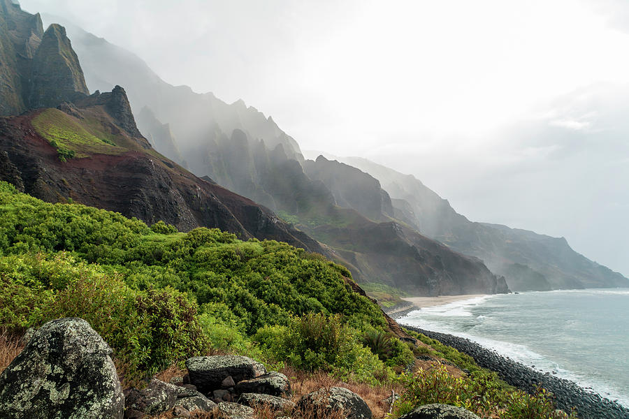 Na Pali Coast Photograph - Kalalau Beach by Brian Harig