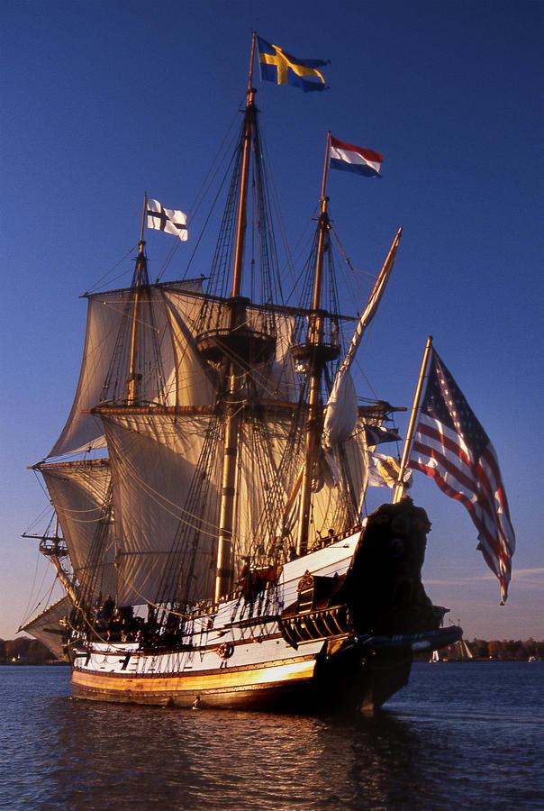 Sail Photograph - Kalmar Nyckel by Skip Willits