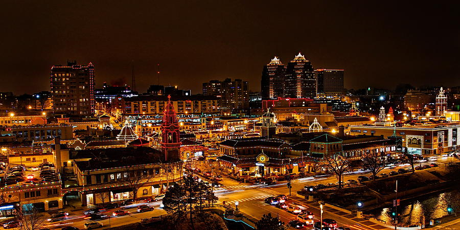 Kansas City Country Club Plaza Christmas Lights Photograph by Alan ...
