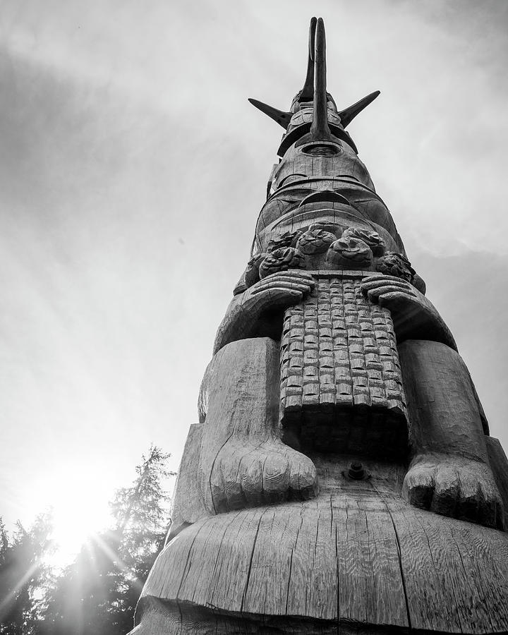 Kasaan Totem Black and White by Ian Johnson