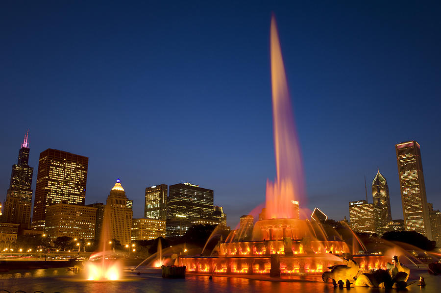 Chicago Photograph - Kates Memorial To Clarence by Donald Schwartz