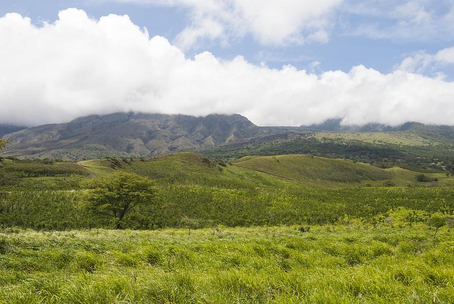 b6133fdfebb0f Kaupo Gap On Maui Photograph by Doug Shanaman