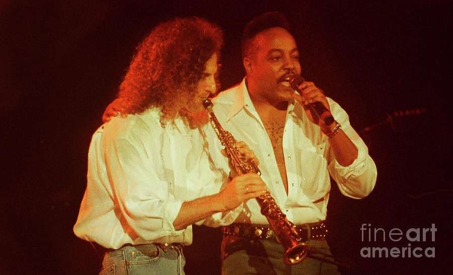 Kenny G Photograph - Kenny G-peabo Bryson-95-1376 by Gary Gingrich Galleries