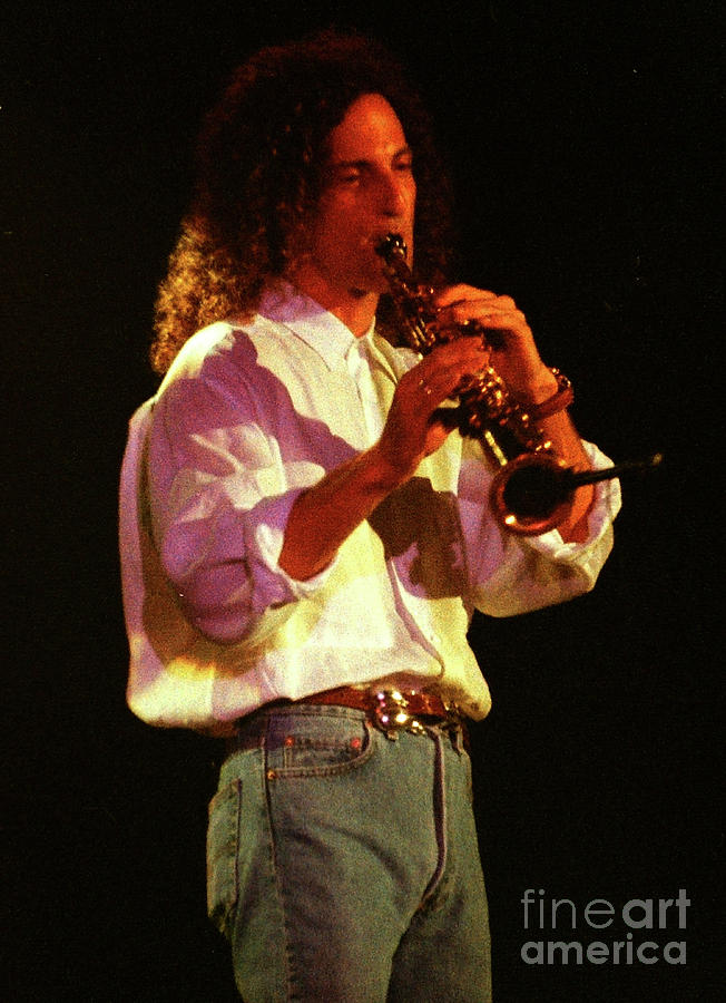 Kenny G Photograph - Kennyg-95-3566 by Gary Gingrich Galleries