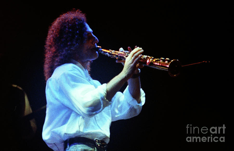 Kenny G Photograph - Kennyg-95-3590 by Gary Gingrich Galleries