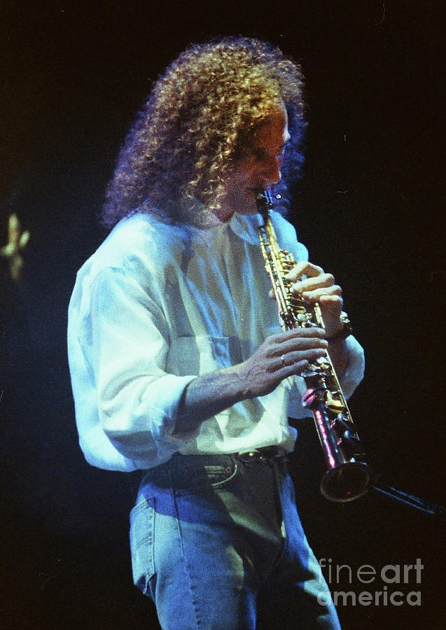 Kenny G Photograph - Kennyg-95-3595 by Gary Gingrich Galleries