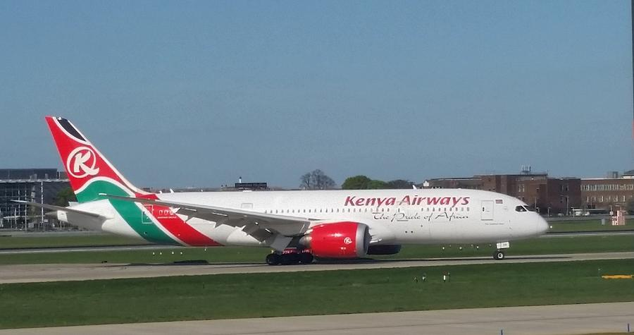 Kenya Airways Boeing 787 by Jamie Baldwin