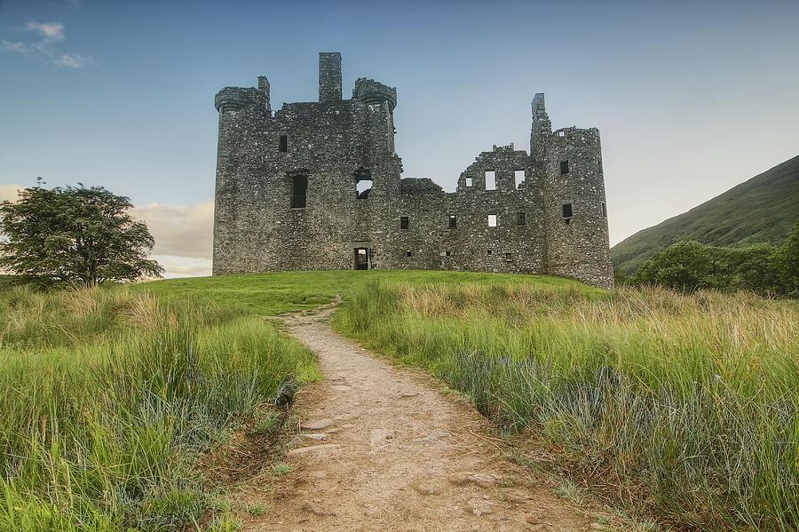 Castle Photograph - Kilchurn Castle by R Kerr