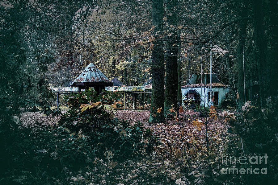 Kiosk by Ana Mireles