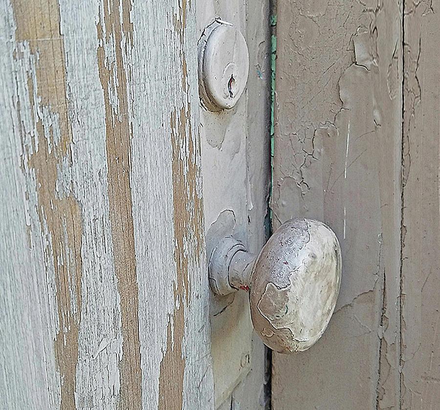 Door Photograph - Knob Nostalgia by Suzy Piatt