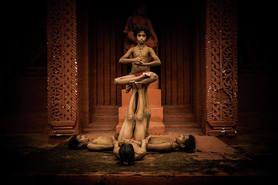 Konark Natya Mandap Gotipua by Lucas Dragone
