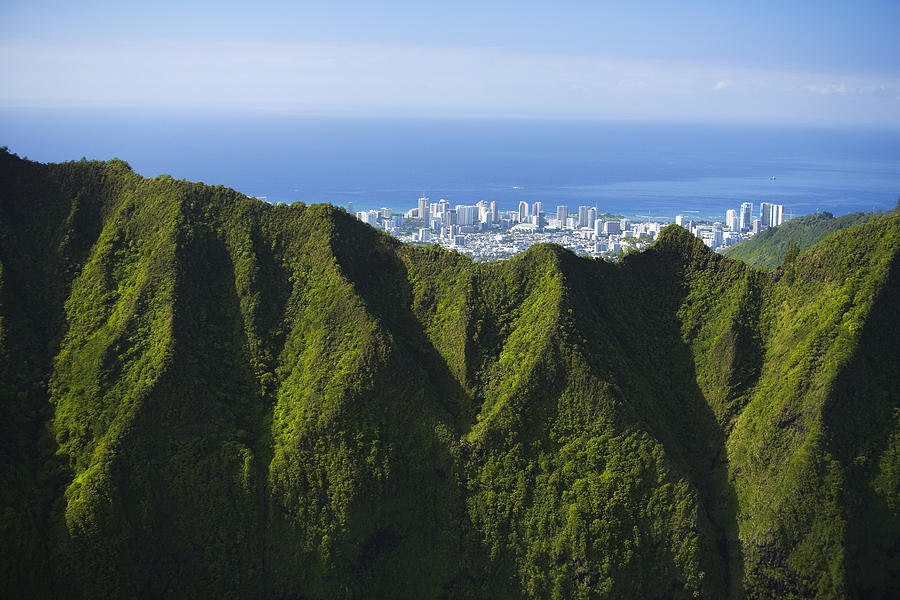 Aerial Photograph - Koolau Mountains And Honolulu by Dana Edmunds - Printscapes