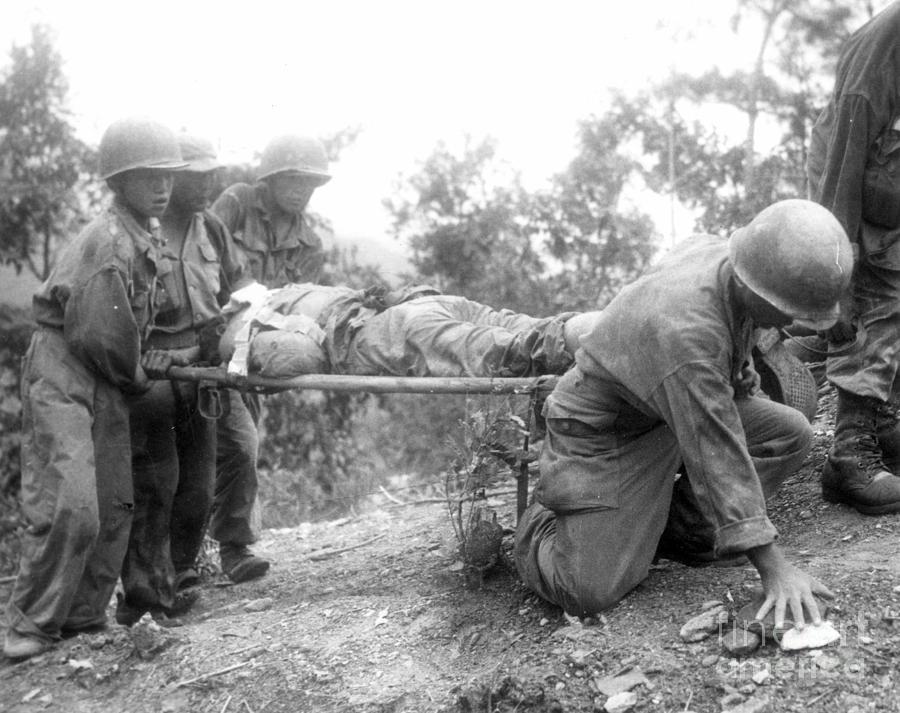 1952 Photograph - Korean War, 1952 by Granger