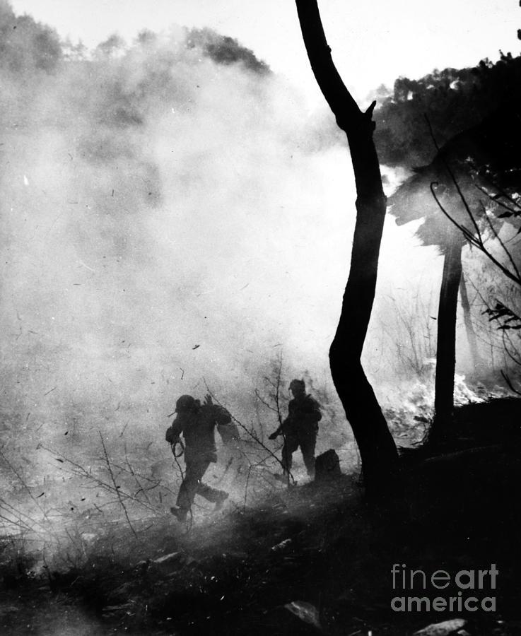 1951 Photograph - Korean War: Combat, 1951 by Granger