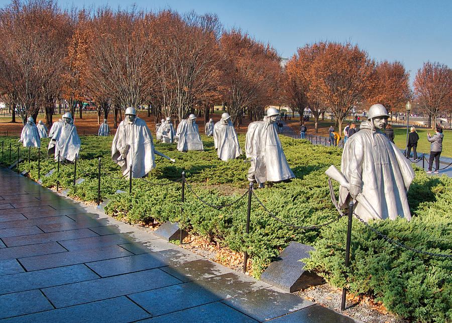 Korean War Memorial by Farol Tomson