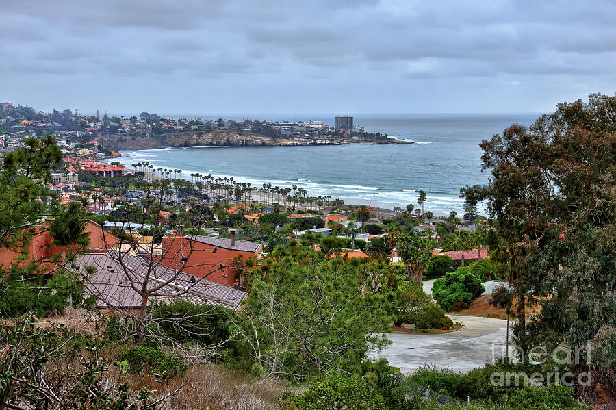 La Jolla Shoreline by Eddie Yerkish