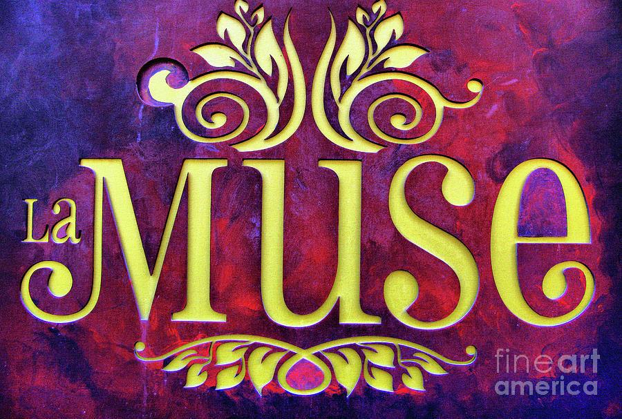 La Muse, Sign by Daliana Pacuraru