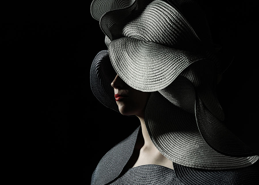 Hat Photograph - Lady With A Big Hat by Ineke Mighorst