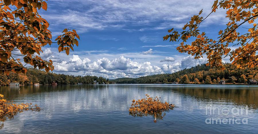 Lake Burton by Bernd Laeschke