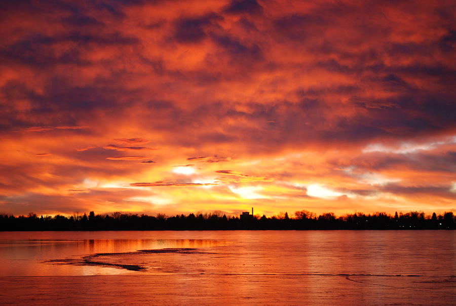 Sunrise Photograph - Lake Loveland Sunrise by Billie Colson