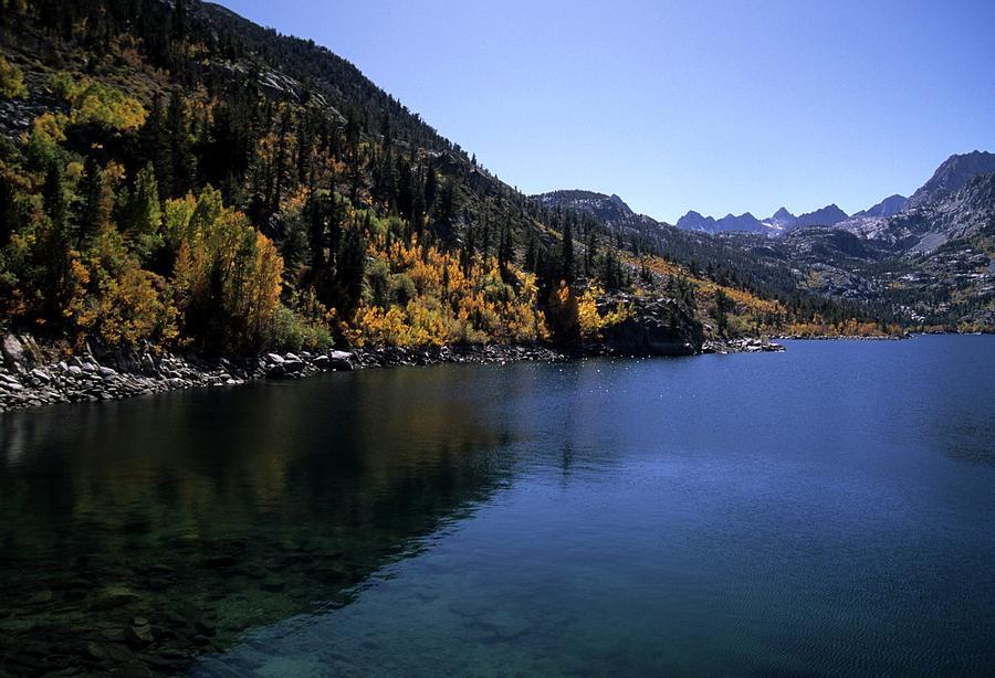 Aspen Photograph - Lake Sabrina Fall Color by Don Kreuter