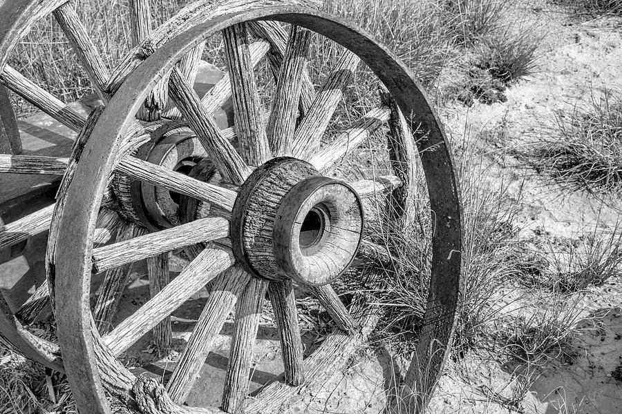 Wagon Photograph - Landscape Galisteo Nm A10u by Otri Park