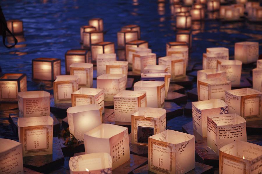 Ala Moana Photograph - Lantern Floating Ceremony by Brandon Tabiolo - Printscapes
