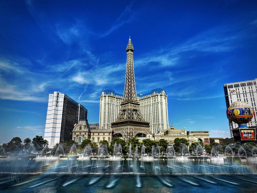 Las Vegas 016 by Lance Vaughn