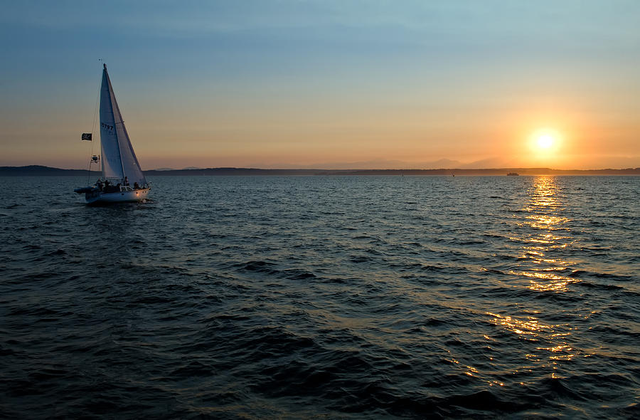 Seattle Photograph - Last Light by Tom Dowd