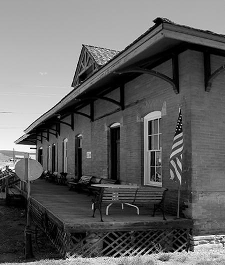 Leadville Photograph - Leadville Station by William Love