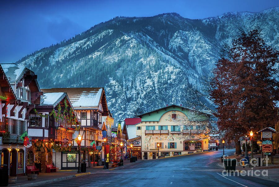 America Photograph - Leavenworth Alpine View by Inge Johnsson