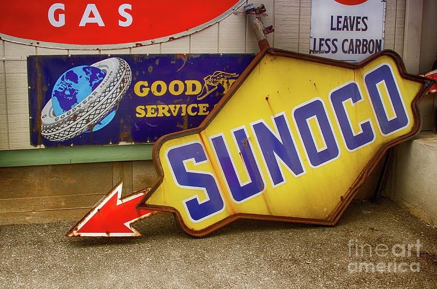 Sunoco Photograph - Leaves Less Carbon  by Steven Digman