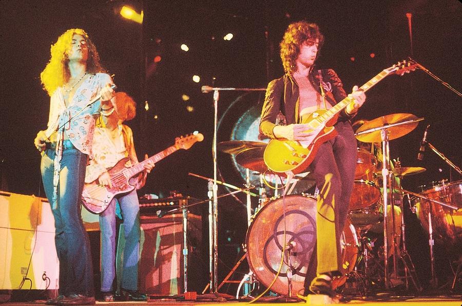Led Zeppelin Digital Art - Led Zeppelin by Mery Moon