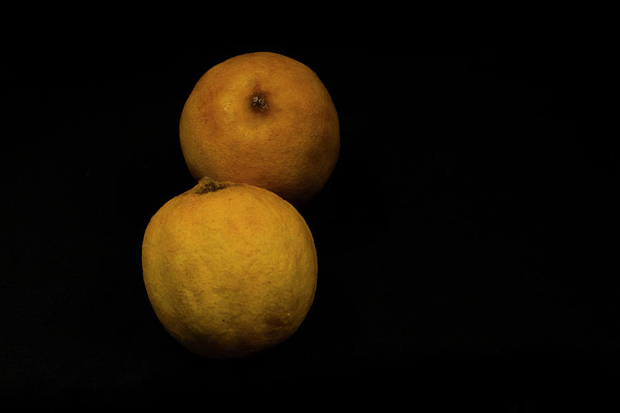 Still Life Photograph - Citrus by Stephane Loustalot
