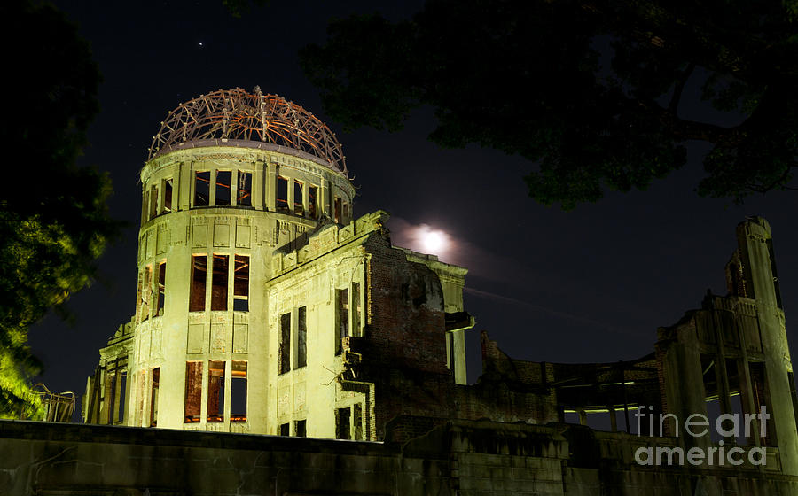 A-bomb Dome Photograph - Lest We Forget by Andy Smy