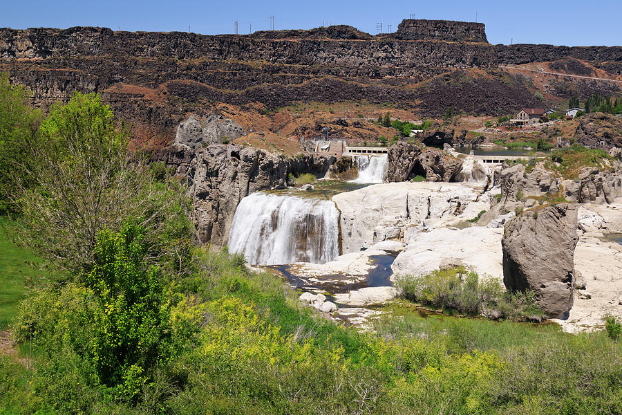Twin Falls Photograph - Lifes Cyrcle by Joan Escala