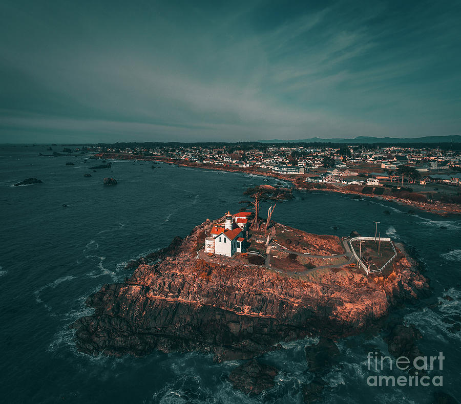 Lighthouse IIi Photograph by Art K