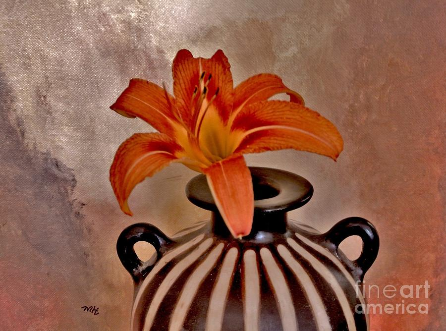 Photo Photograph - Lily In A Peruvian Vase by Marsha Heiken