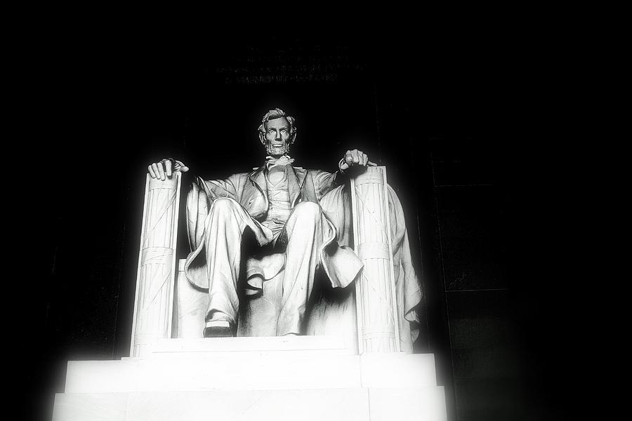 Lincoln Memorial Photograph - Lincoln Memorial  by Kristina Randal