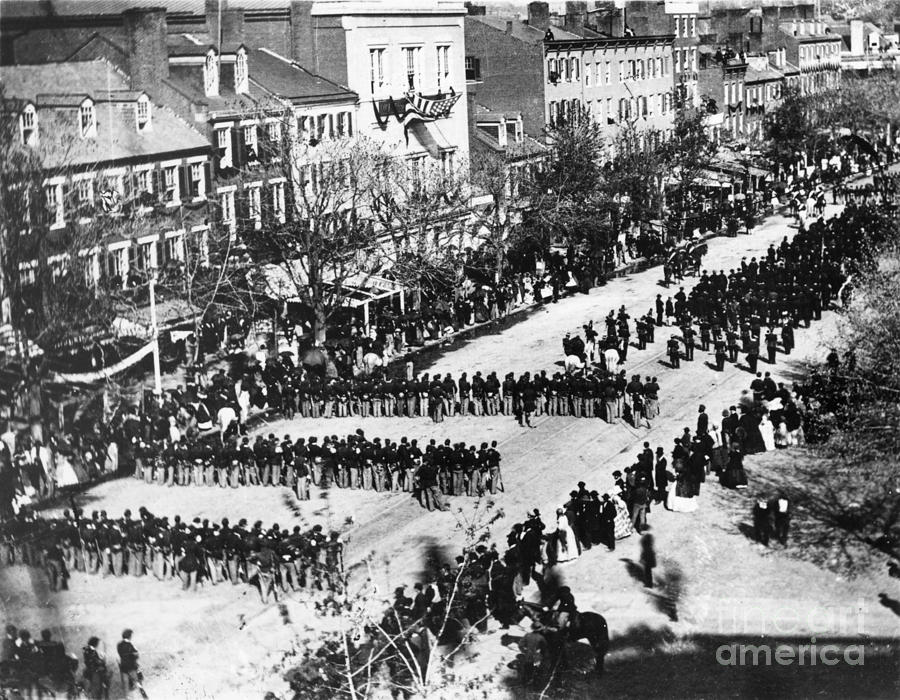 History Photograph - Lincolns Funeral Procession, 1865 by Photo Researchers, Inc.