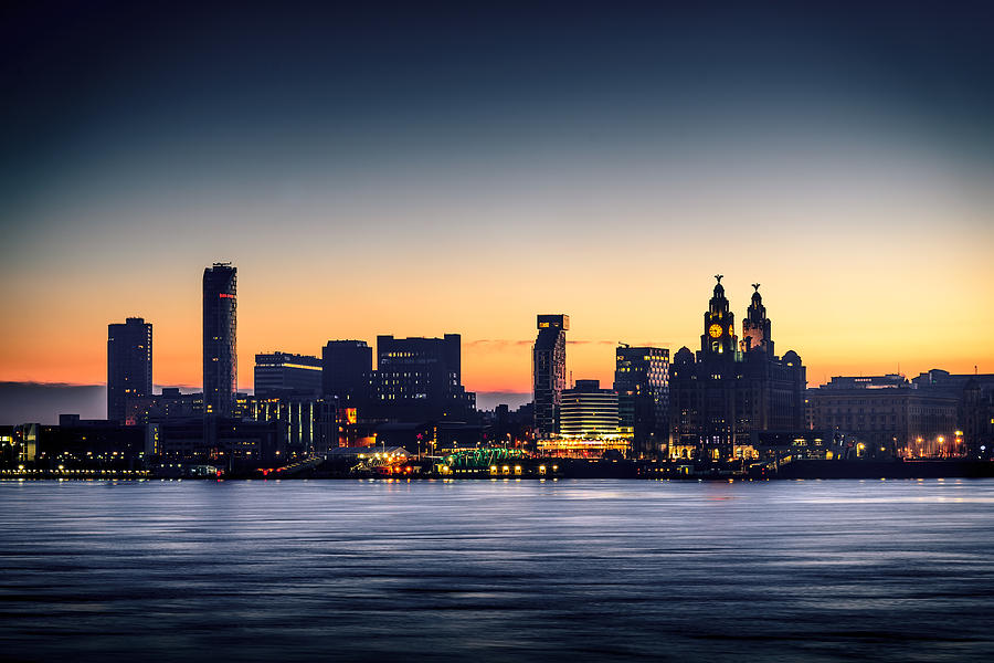 England Photograph - Liverpool Dawn by Peter OReilly