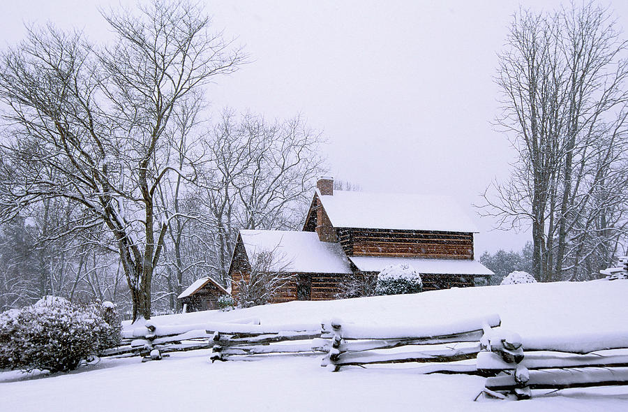 Log Cabin Photograph - Log Cabin In Snow by Alan Lenk