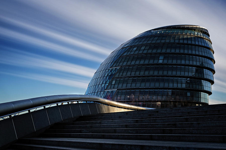 London City Hall by Ian Good