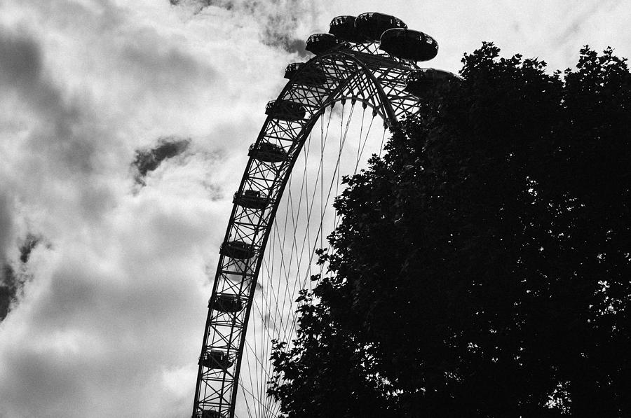 London Eye - Bw Photograph